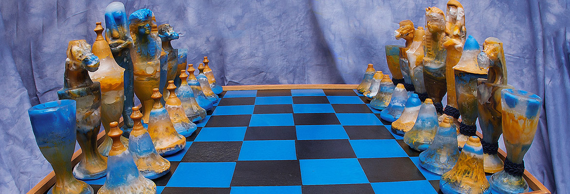 Benu-Glass-Chess-Set